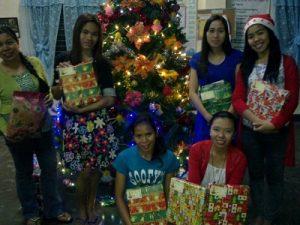 Christmaspresents-staff